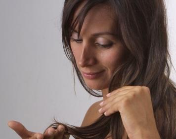 Encargar de la caída de los cabello