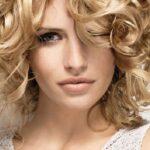 Como cuidar el pelo rizado