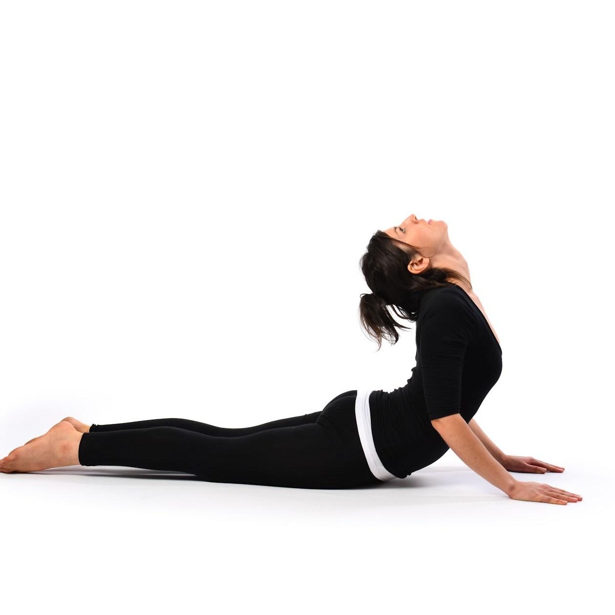Posturas de yoga básicas y fáciles